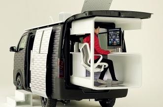 نيسان بيزنس فان سيارة مذهلة تأتي مع مكتب مدمج للعمل في الهواء الطلق (2)