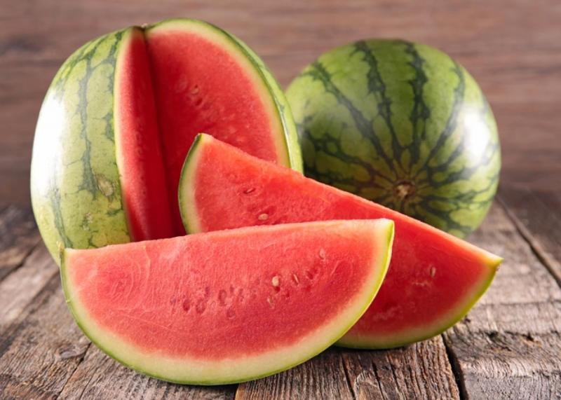 5 أطعمة تساعد على حماية البشرة من الشمس (1)