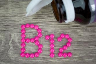 8 علامات وأعراض لنقص فيتامين ب 12 (1)