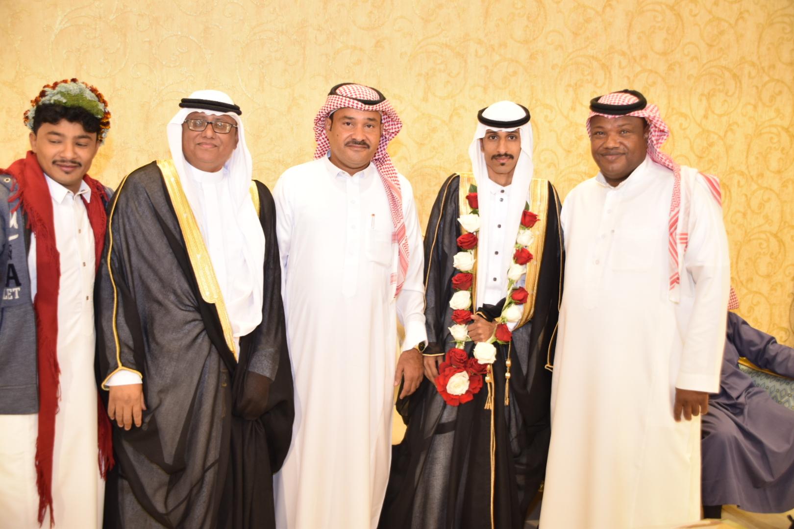 """""""آل قيسي"""" تحتفل بزواج ابنهم ماجد القيسي - المواطن"""
