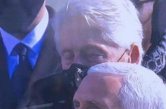 شاهد.. النعاس يغلب بيل كلينتون خلال كلمة جو بايدن - المواطن