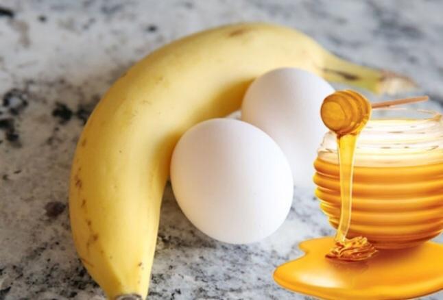 أخصائية تغذية: لا تعارض بين تناول البيض والموز