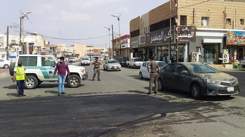 """تجاوبًا مع """"المواطن"""".. بلدية صامطة: جاري سفلتة شارع الصديق - المواطن"""