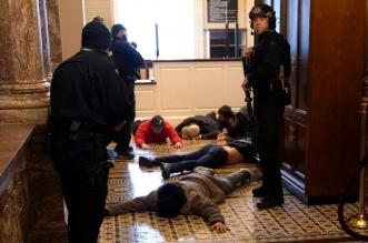 شرطة واشنطن: ما حدث ليس مظاهرات سلمية بل أعمال شغب - المواطن