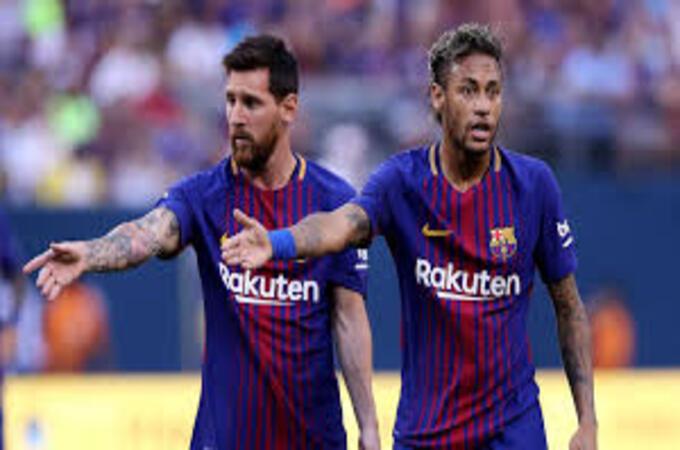 جماهير برشلونة تطلب بقاء ليونيل ميسي وترفض عودة نيمار
