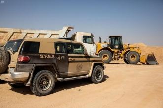ضبط 7 مخالفين ينقلون الرمال ويجرفون التربة بالطائف وجدة - المواطن