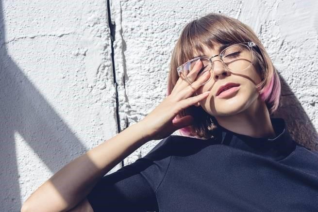 هل أصبحت النظارات الطبية إكسسوارًا أنيقًا للنظر؟ - المواطن