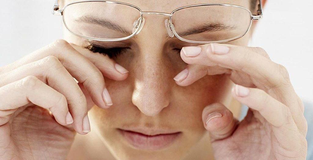 هل أصبحت النظارات الطبية إكسسوارًا أنيقًا للنظر؟