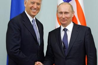 جو بايدن يستعد لإعلان عقوبات على روسيا