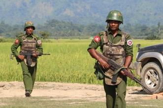 قائد الانقلاب في ميانمار يحتفل بعيد القوات المسلحة على جثث القتلى - المواطن