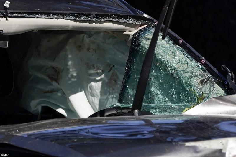 فيديو وصور يوثقان حادث تايغر وودز المروع - المواطن