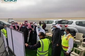 نائب وزير النقل يتفقد مشاريع الطرق بحفر الباطن