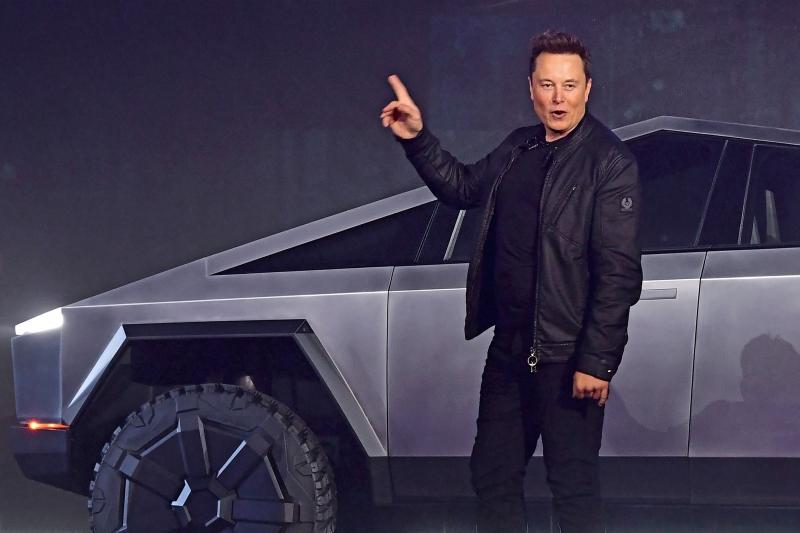CNN سر أرباح شركة تسلا ليس من بيع السيارات (4)