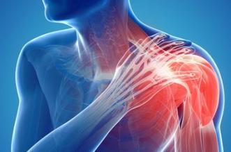 ألم الكتف قد يدل على الإصابة بأحد أنواع السرطان
