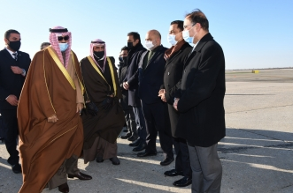 أمير الكويت يغادر أمريكا متوجھًا إلى أوروبا في زیارة خاصة
