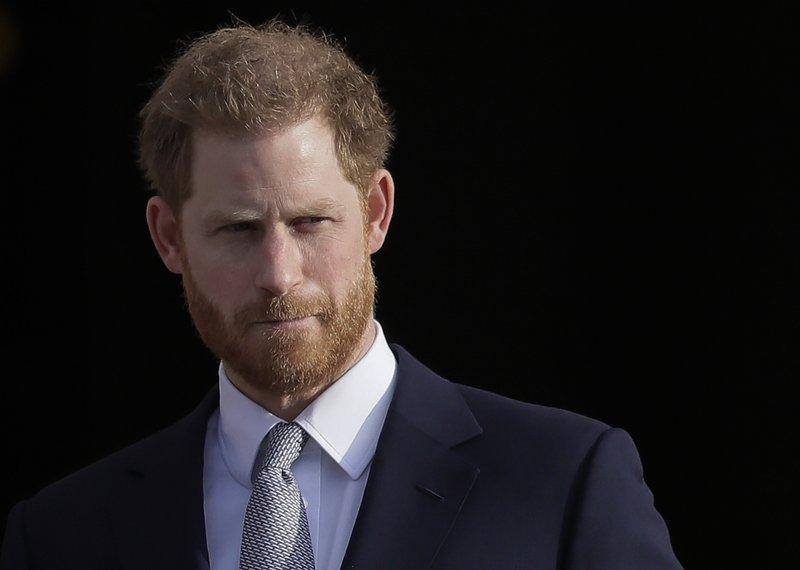 الأمير هاري يقدم نصيحة خاصة لأبناء الأطباء الراحلين (1)