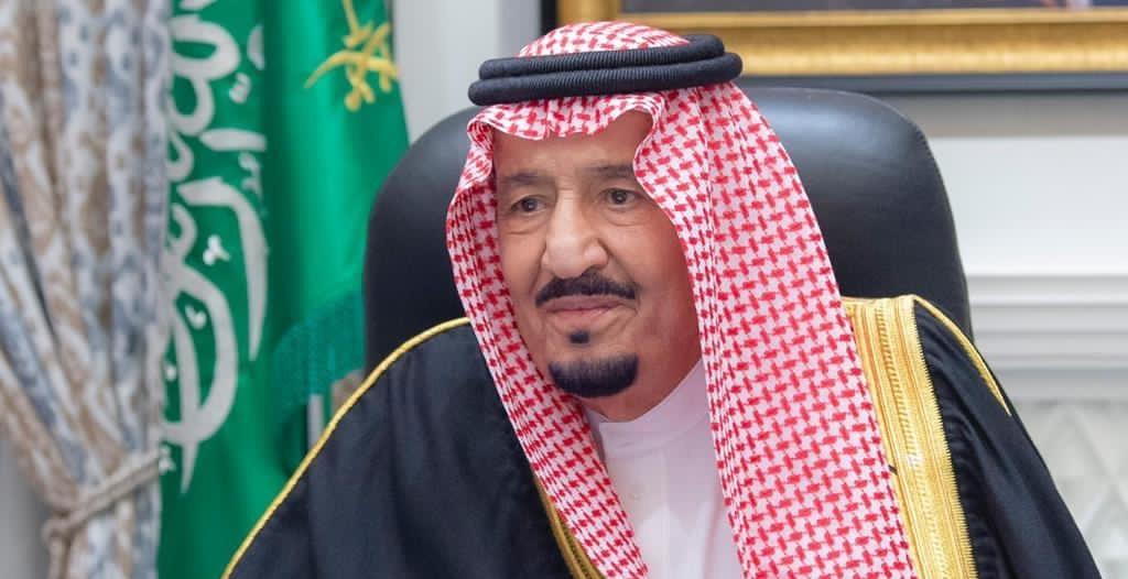 الملك سلمان : ندعو المولى أن يكون العيد مناسبة لتجاوز الآلام والنهوض مما حل بالعالم كله