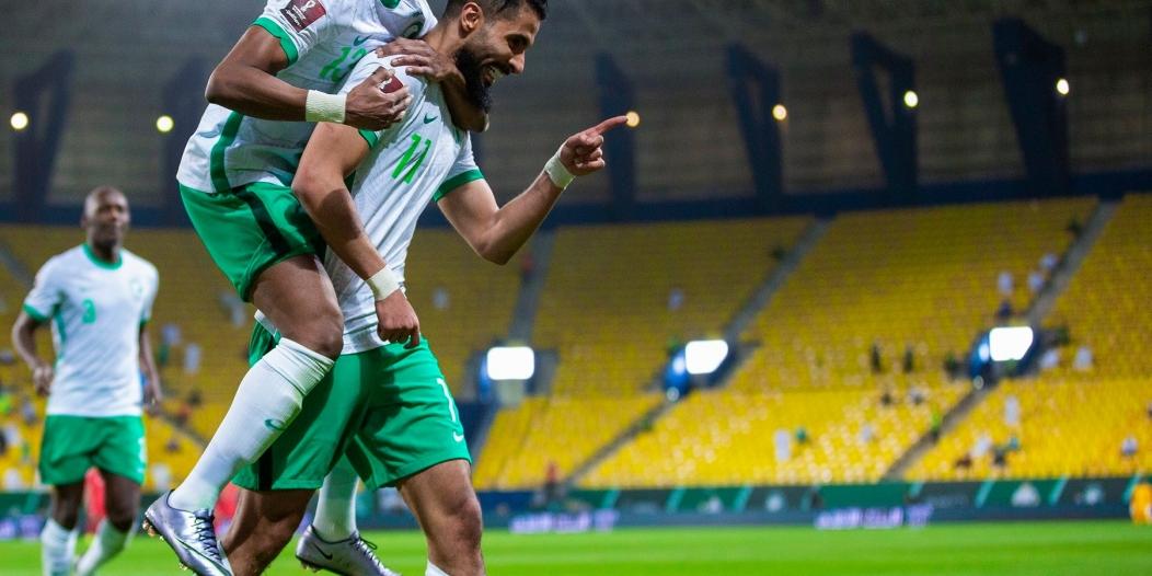 المنتخب السعودي يتصدر المجموعة الرابعة