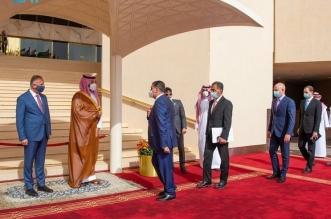 رئيس وزراء العراق يصل المملكة ومحمد بن سلمان في مقدمة مستقبليه - المواطن