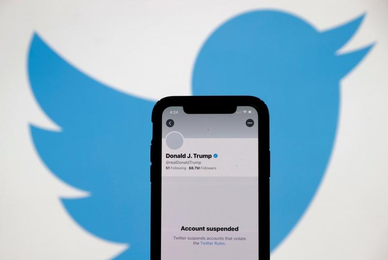 دونالد ترامب يمدح تويتر قدم لي معروفاً (3)