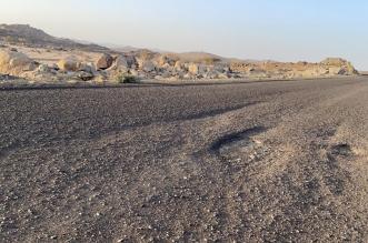 أهالي قريتين بـ الحرجة يشكون سوء الطريق منذ 8 سنوات - المواطن