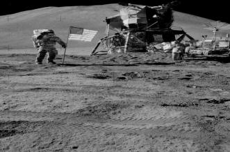 إيلون موسك يشكّك في هبوط أمريكا على القمر !