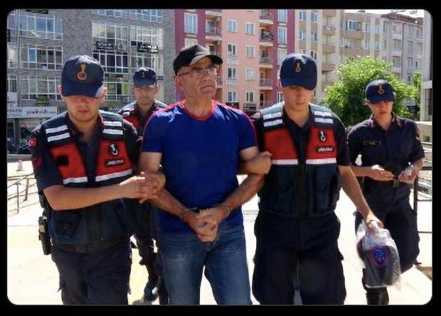 أب يقتل ابنته بـ 20 رصاصة في تركيا