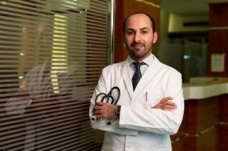 عبدالله الذيابي طبيب الباطنية والجهاز الهضمي