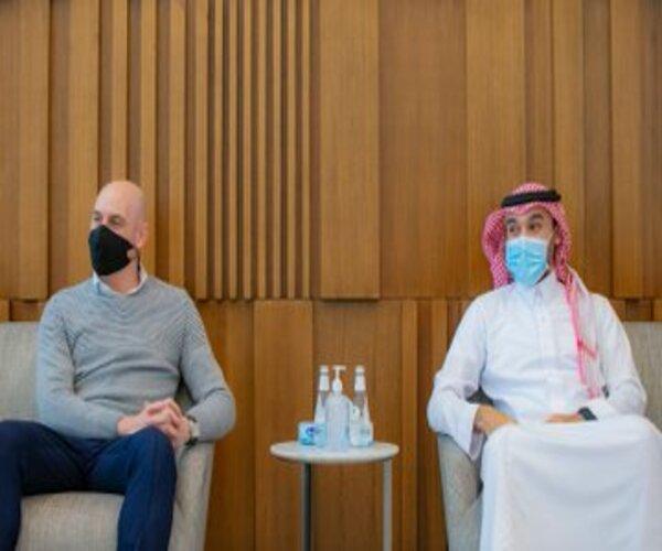 لقطات من لقاء وزير الرياضة مع رئيس اتحاد القدم الإسباني