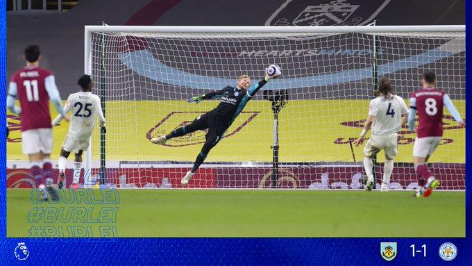 الثعالب يسقطون بفخ التعادل في مباراة بيرنلي ضد ليستر سيتي