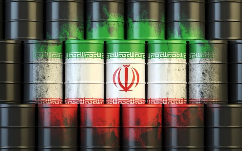 انخفاض أسعار النفط بسبب موجة جديدة من إصابات كوفيد-19