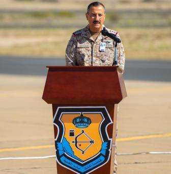قائد القوات الجوية يقف على استعدادات تمرين علم الصحراء 2021