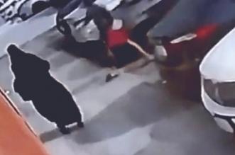 شرطة مكة تكشف حقيقة مقطع التحرش بامرأة أمام محل تجاري - المواطن