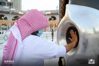 الشيخ السديس يطيب الكعبة بدهن العود الفاخر - المواطن