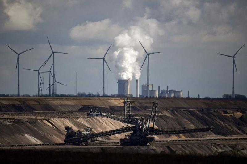 الولايات المتحدة تتعهد بتخفيض غير مسبوق للانبعاثات الغازية (1)