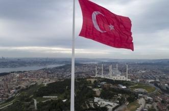 تركيا تعلن عودة الحياة الطبيعية تدريجيًا رغم ارتفاع إصابات كورونا