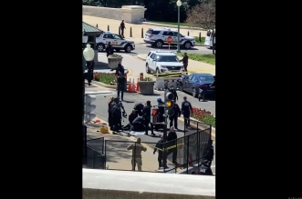 فيديو.. مقتل سائق سيارة صدمت شرطيين قرب الكابيتول - المواطن