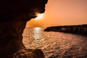 قبرص تفتح حدودها أمام السياح المحصنين من السعودية