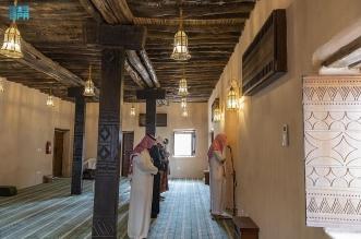 مئذنة مسجد الظفير في الباحة تصدح بنداء الرحمن بعد إعادة تطويره - المواطن