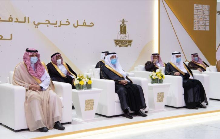 الفيصل يتوج الجبير بجائزة الاعتدال في دورتها الرابعة - المواطن