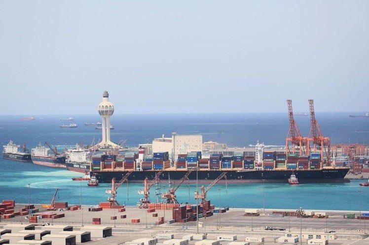 إيقاف حركة الملاحة بميناء جدة الإسلامي بسبب سرعة الرياح