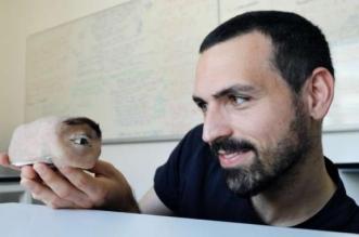 ابتكار كاميرا مراقبة على شكل عين بشرية - المواطن