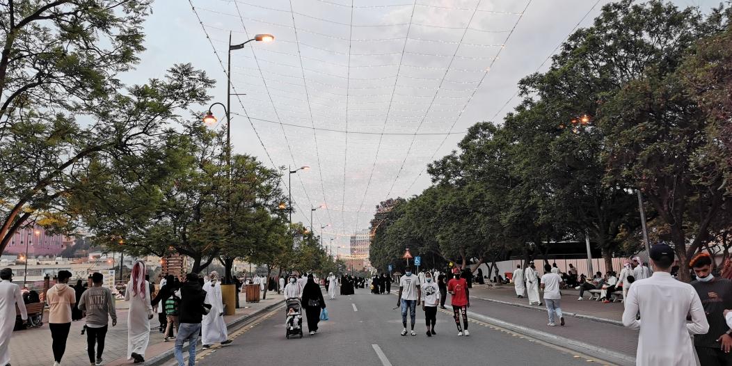 تنسيق أفقي بين أمانة عسير والشرطة للتحكم في شارع الفن