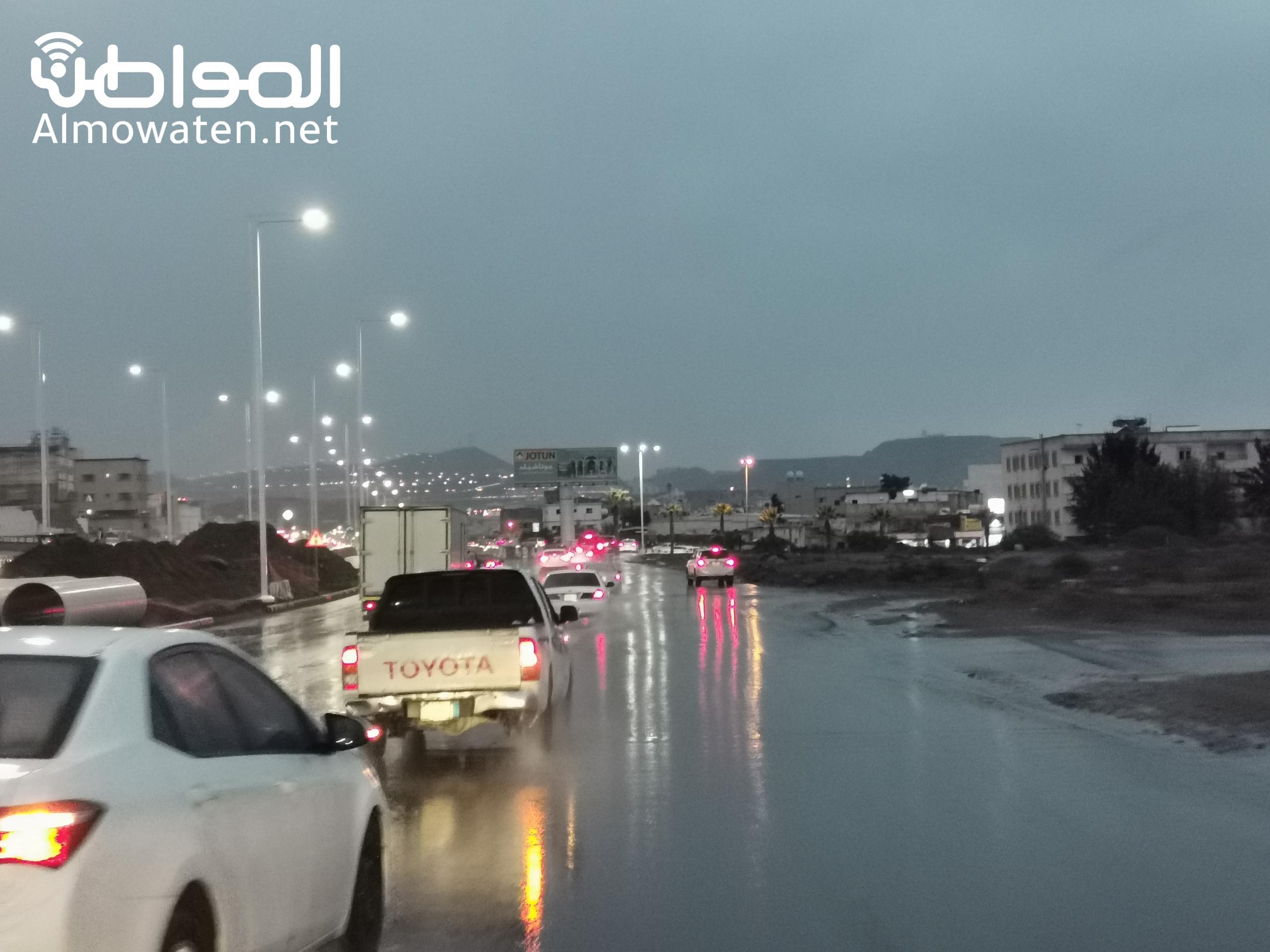 """أمطار غزيرة على أبها و""""المواطن"""" توثق الحالة - المواطن"""