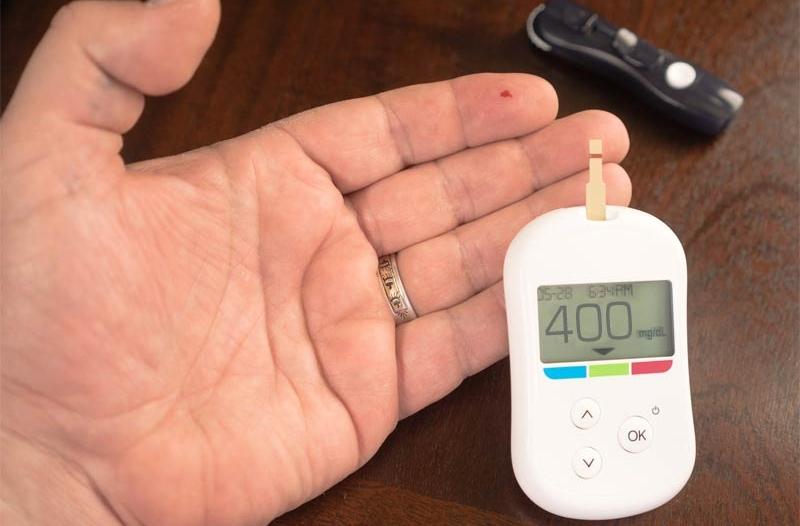 8 علامات تنذر بارتفاع نسبة السكر في الدم