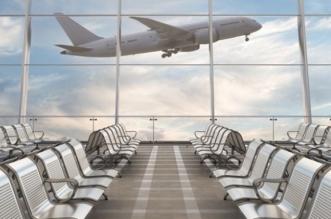 أمريكا توصي مواطنيها بإعادة النظر في السفر