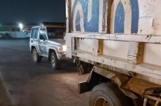 المرور يضبط قائد مركبة تابعة لأمانة جدة عليها عدة مخالفات مرورية - المواطن