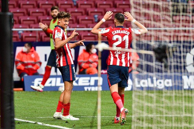 أتلتيكو مدريد يقتنص صدارة الدوري الإسباني