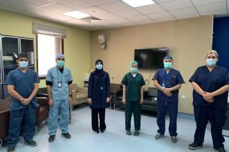 إزالة ورم عظمي في الفقرات العنقية لمريضة بمستشفى عسير المركزي