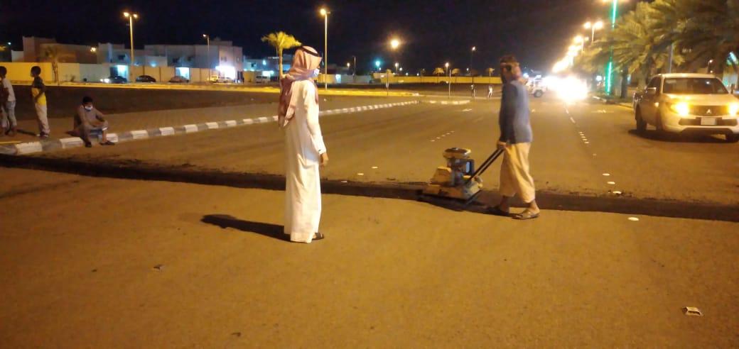 """تجاوباً مع """"المواطن"""".. بلدية أحد المسارحة تنجز مطبات إسكان الحصمة - المواطن"""